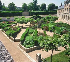 jardins du château de Blois renaissance francaise - Professionnels a Domicile
