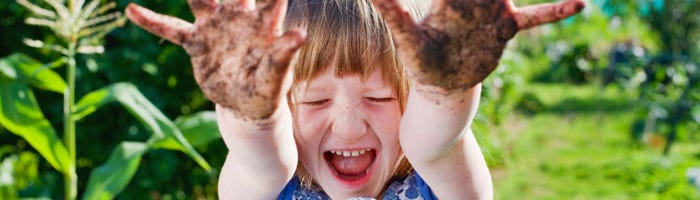 Initier ses enfants au jardinage - Jardiniers Professionnels
