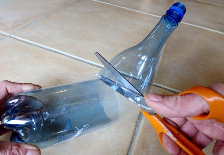 bouteille en plastique contre le gel