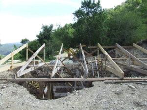 Charpente de toit de la serre enterrée