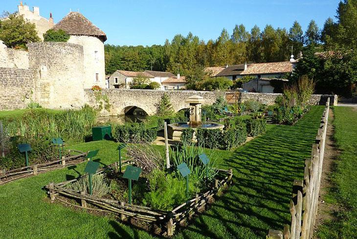 Jardins médiévaux : Structure des jardins médiévaux